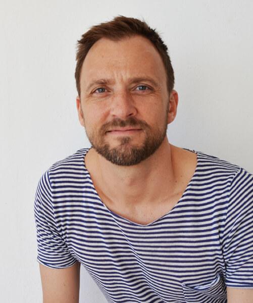 Designer Mads Emil Garde has designed Jundo Daybed