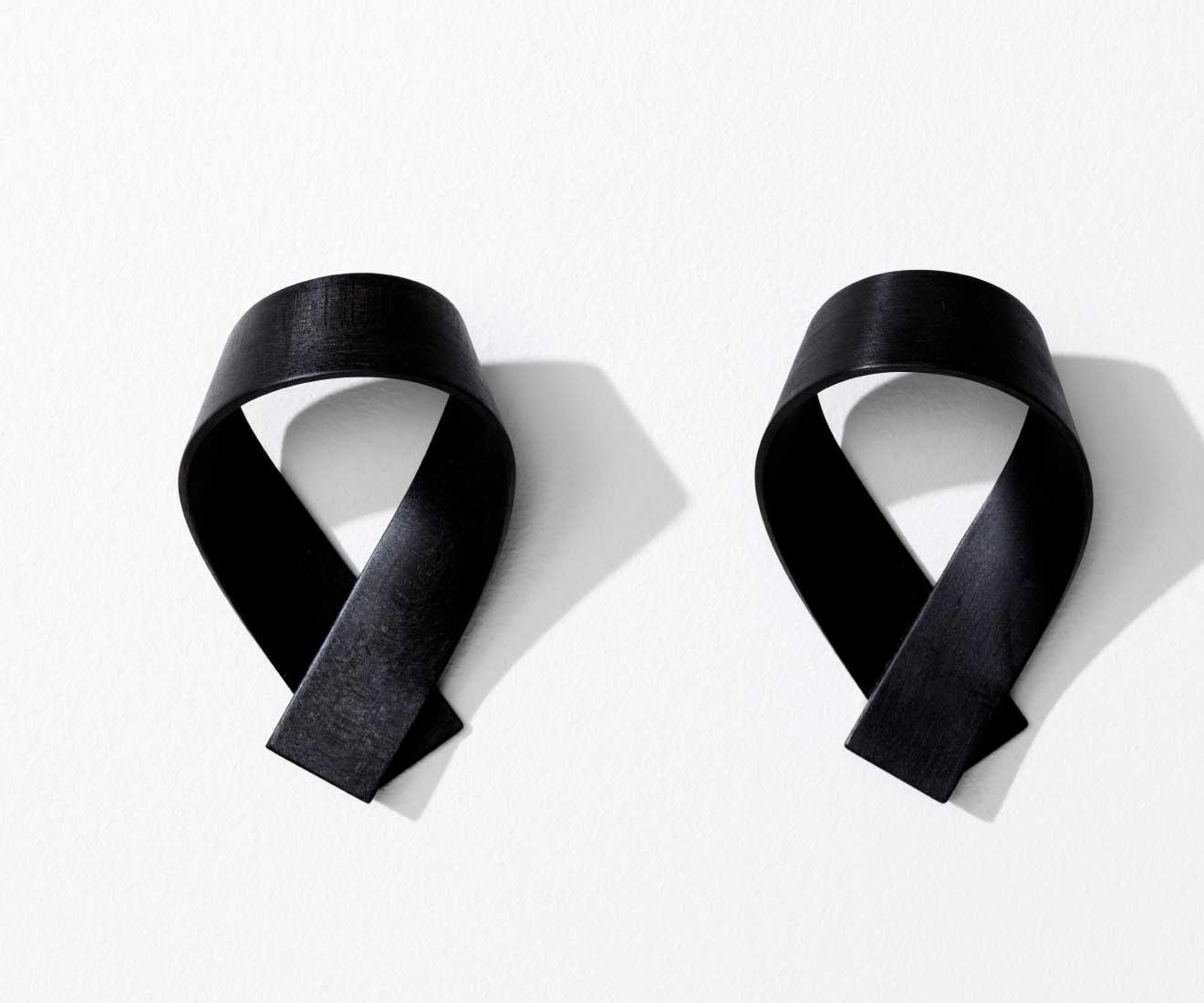 Motarasu Products - Ribbon coat hooks by Akiko Ken Made - black