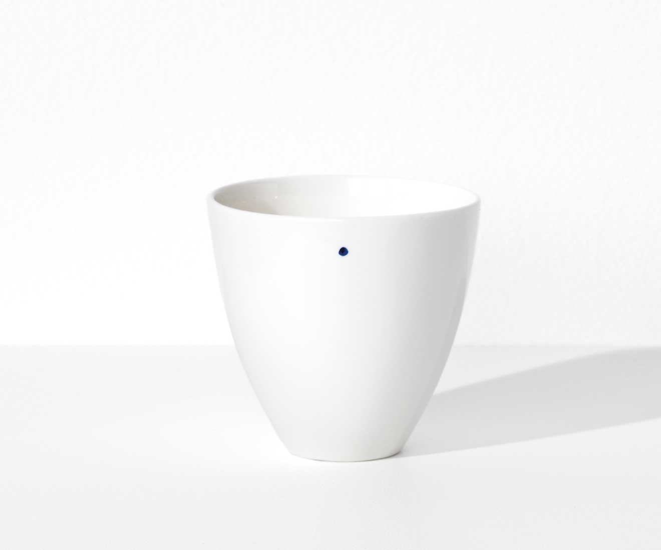 Motarasu Products - Shiro bowl Small with 1 dot by Stilleben