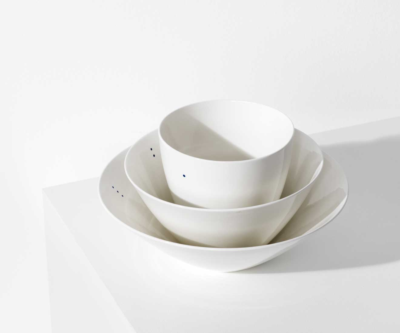 Motarasu Products - Shiro bowls in 2 sizes, 1-2-3 dots by Stilleben