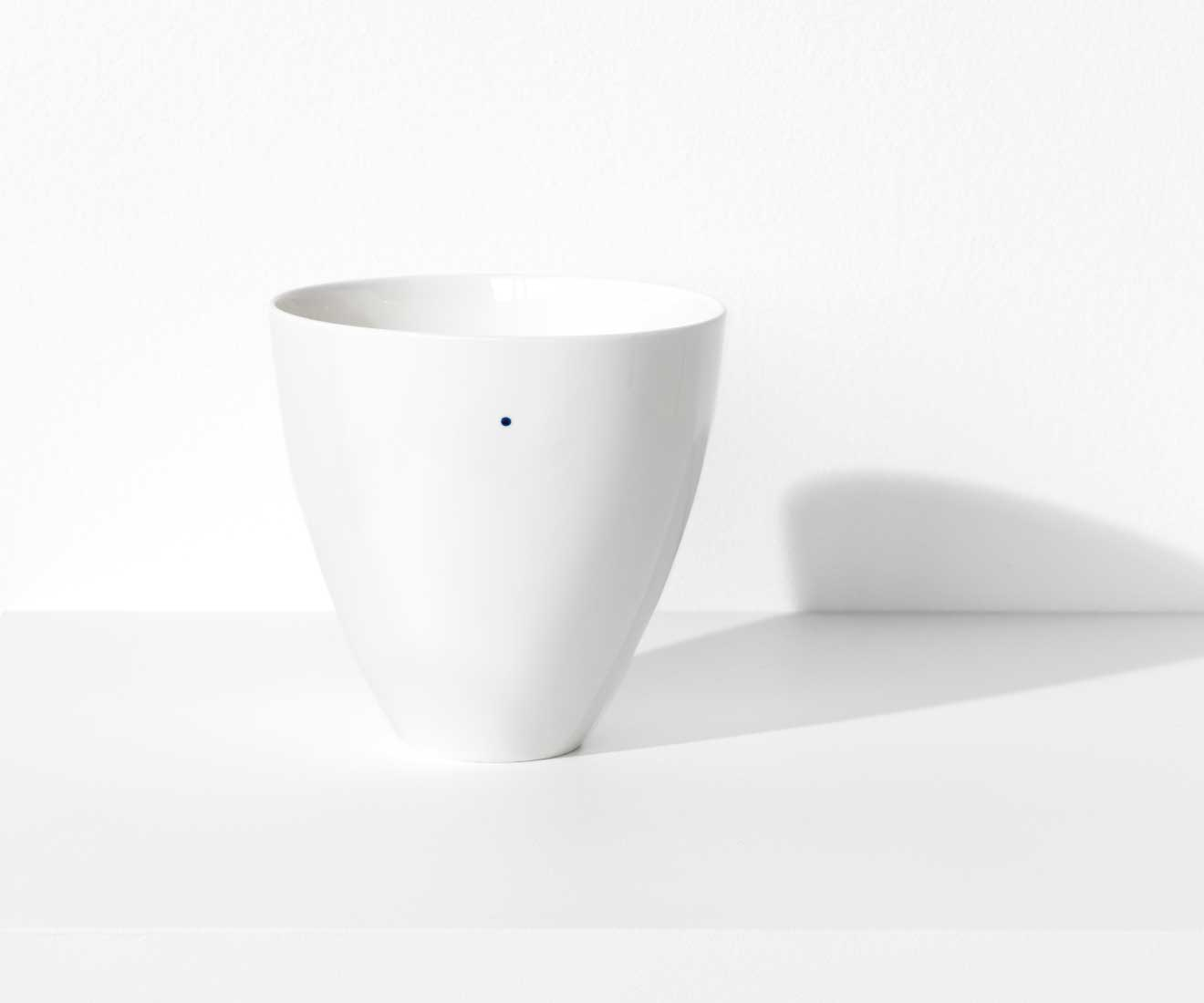 Motarasu Products - Shiro bowls Large with 1 dot by Stilleben