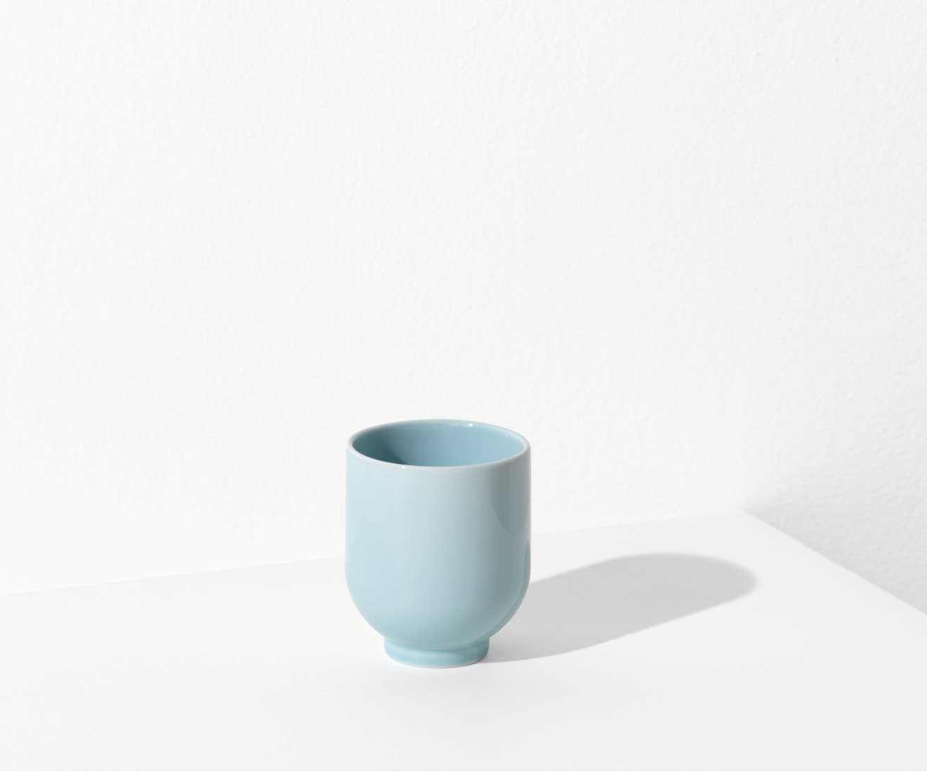 Motarasu Products - Yoko mug in light blue by Stilleben
